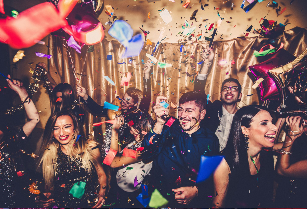 10-tips-for-a-killer-new-years-eve-party-2